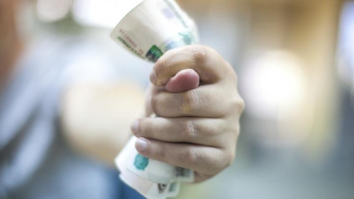 Долги по зарплатам в Кузбассе за месяц выросли на 10,5%. Теперь сумма превышает 585 миллионов