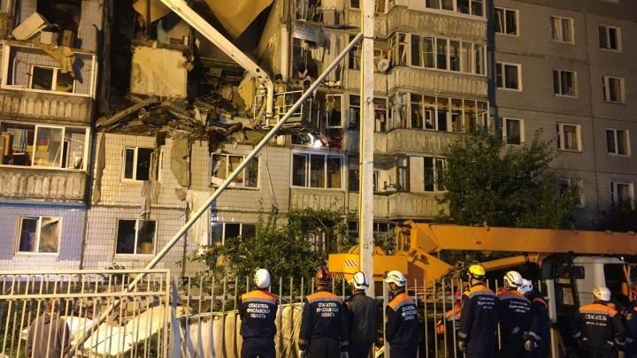 «Людей повыкидывало из квартир»: очевидцы рассказали, как произошёл взрыв дома в Ярославле