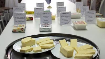 В Красноярске проверили качество сливочного масла: только 3 из 10 образцов прошли проверку