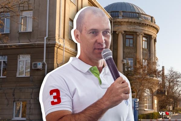 Максим Опалев: «Тут много 30–35-летних больных»