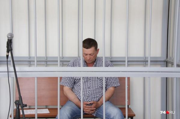 Азат Зарипов частично признаёт вину