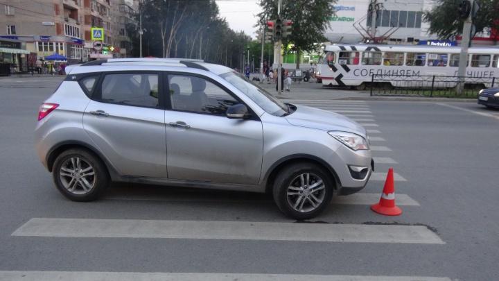 В Екатеринбурге автомобилистка сбила восьмилетнего мальчика на велосипеде