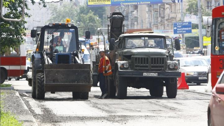 На пяти улицах Челябинска в понедельник ограничат движение из-за дорожного ремонта