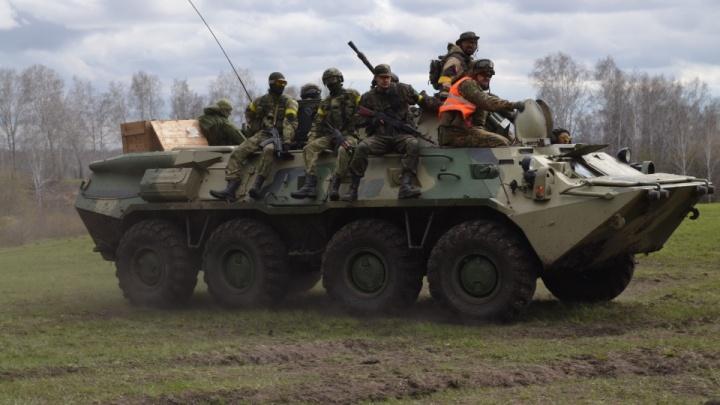 На полигоне под Новосибирском прогремел взрыв — четверо военных пострадали