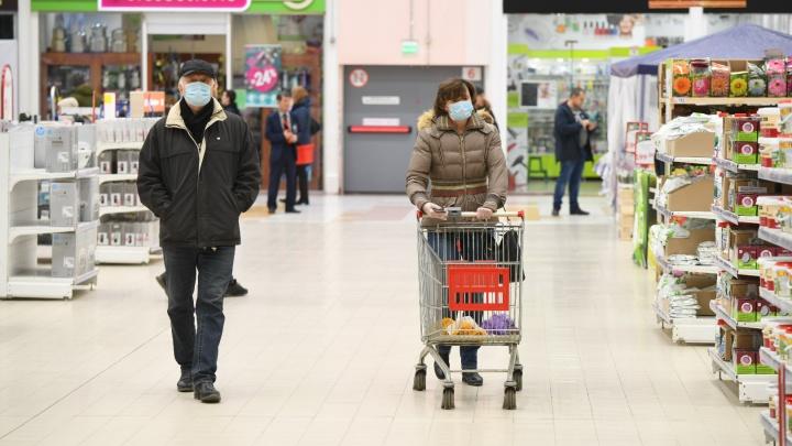 Чиновники отправятся в рейды по магазинам и автобусам из-за масочного режима