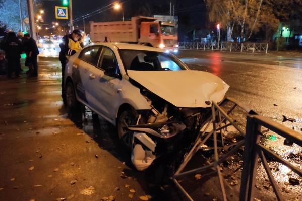 В аварии пострадали 3 человека