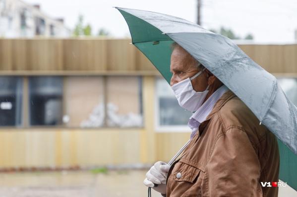 Инфекцию нашли у 61 жителя Волгоградской области в возрасте от 50 до 64 лет