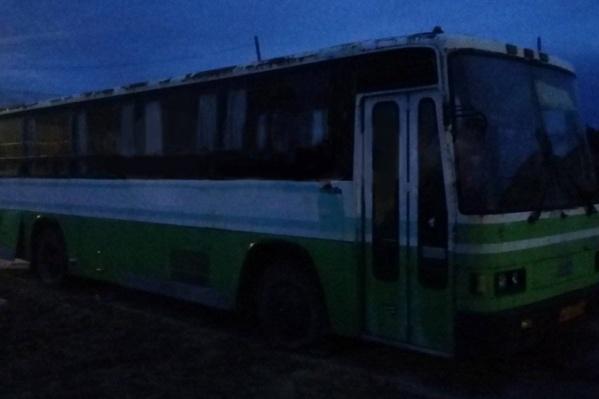 Похититель сдал автобус в металлолом