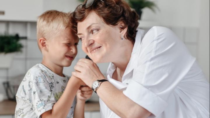 Медосмотр перед школой — обязателен: почему это так важно и в какой клинике нет очереди