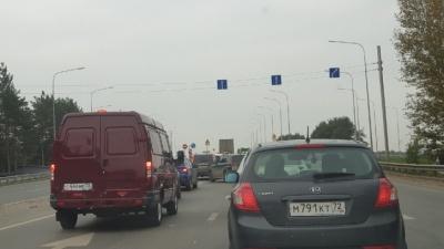 Образовалась многочасовая пробка. Обсуждения водителей, застрявших на Московском тракте в Тюмени