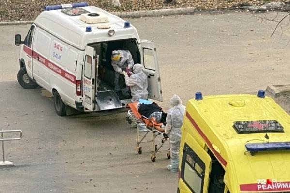 В Тюменской области коронавирусом заразились свыше 14 тысяч человек