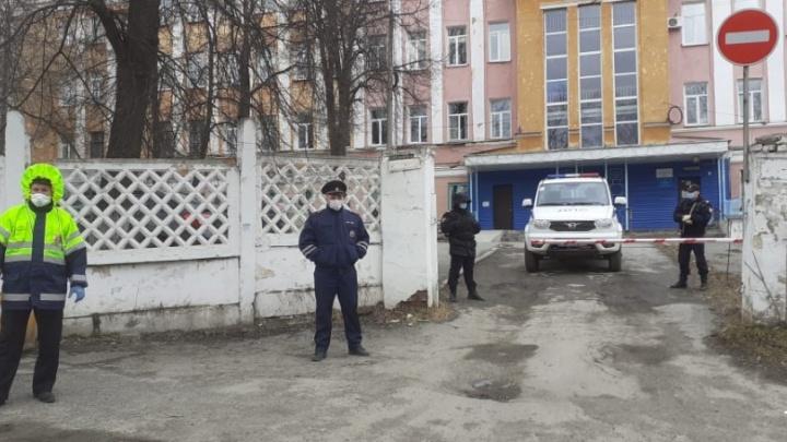 Работникам больницы в Челябинской области дали ковидные доплаты после вмешательства прокуратуры