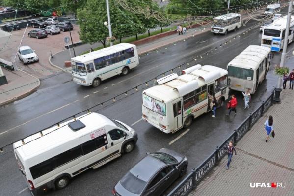 На водителей вышеупомянутого маршрута не раз жаловались уфимцы