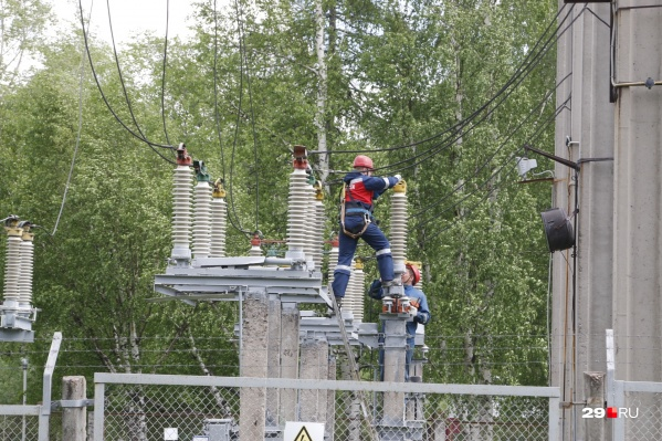 Подачу электроэнергии обещают возобновить к 17:30