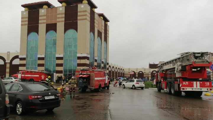 В Ярославле эвакуировали крупный торговый центр: что случилось