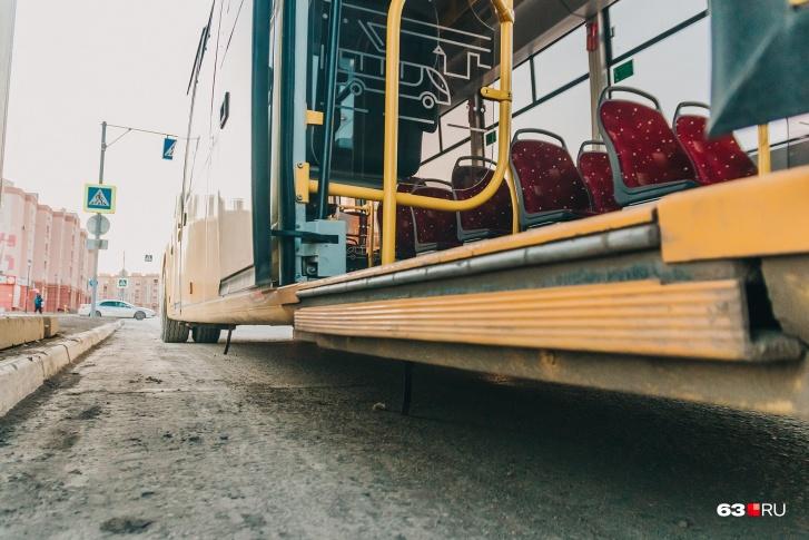 У электробуса низкая посадка