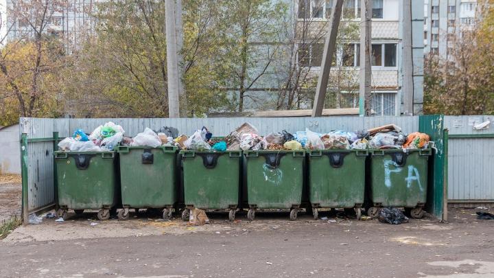 «Раньше было можно»: в мэрии Самары объяснили размещение контейнеров слишком близко к домам