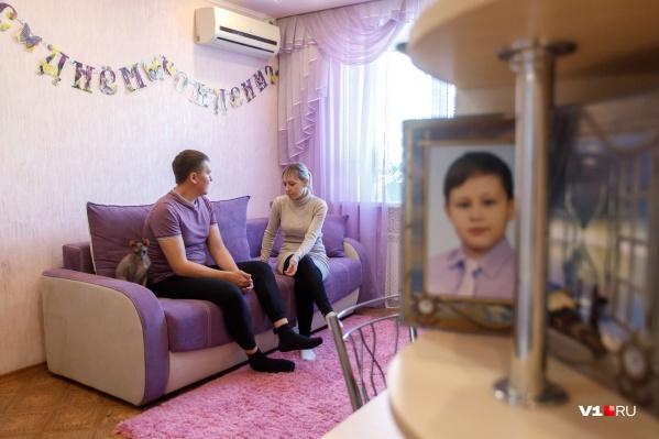 Родители заявили о том, что мальчик содержится в ужасных условиях