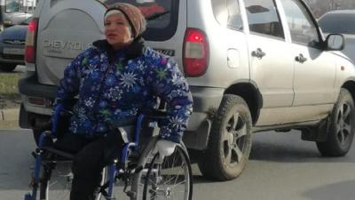В омской ГИБДД прокомментировали жалобу на инвалидов-попрошаек, мешающих на дороге