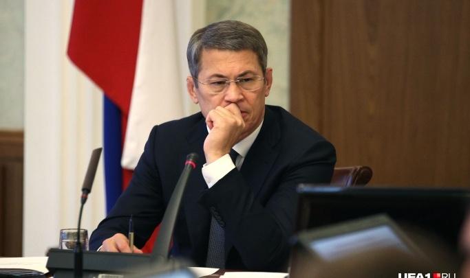 В Башкирии чиновники не соблюдают антиковидные меры, глава республики негодует