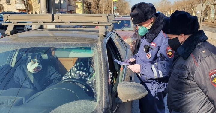 «Проверяют каждую машину»: на выезде из города на Глинки начал работу кордон ГИБДД