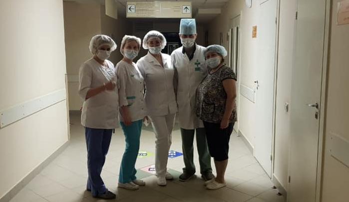 Всех пациентов и персонал больницы Куватова в Уфе проверяют на коронавирус