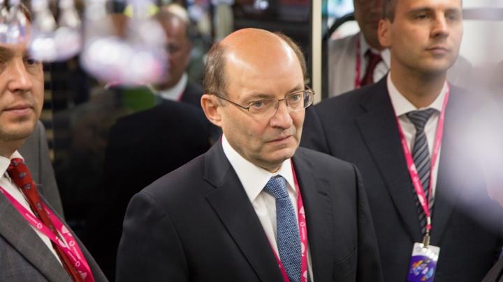 Бывший свердловский губернатор передумал уходить на пенсию и устроился на работу в «Синару»