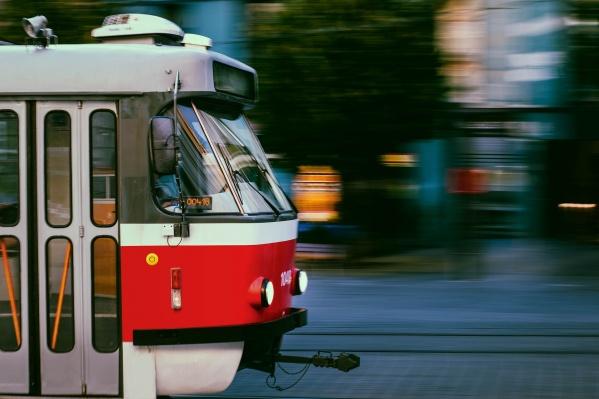 До «Ярмарки вкуса» запустили трамваи по графику выходного дня