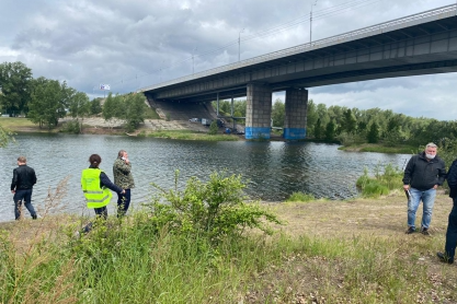 Ребёнка нашли возле Октябрьского моста