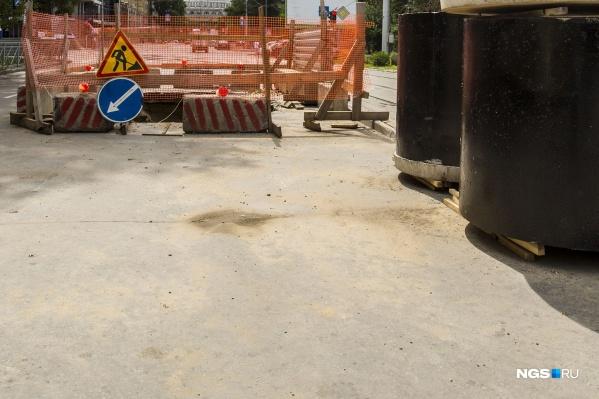 Подрядчик обязан до 20 сентября 2026 года провести реконструкцию двух пусковых комплексов