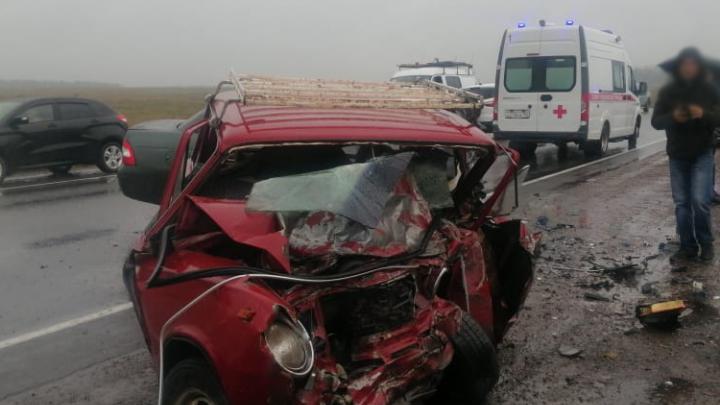 В ДТП под Уфой погибли три человека