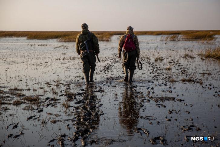 Сейчас в обществе около 600 человек, приблизительно 300 охотников и 300 рыбаков. В Барабинский район на охоту едут из всех районов Новосибирской области