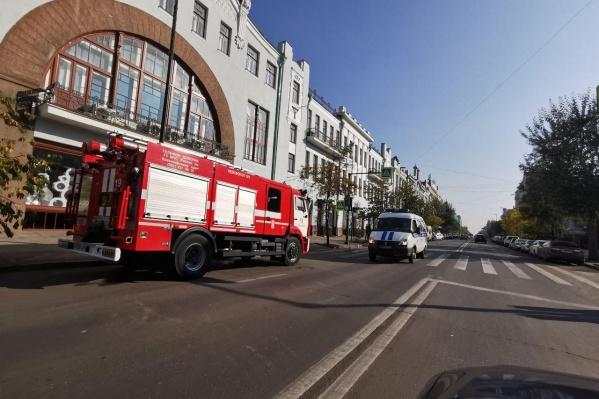Пожарная машина в центре