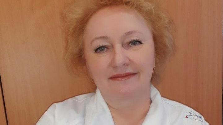 В Челябинске от коронавируса умерла медсестра ковидного госпиталя, которую Путин наградил медалью