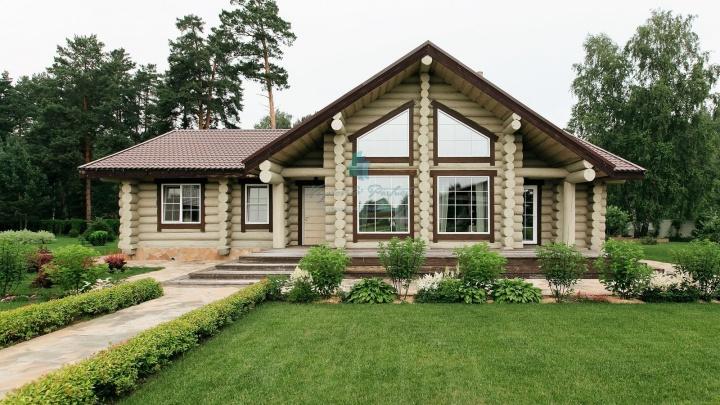 «Ищут аренду от 100 тысяч в месяц»: агент о том, как элита ринулась снимать загородные дома