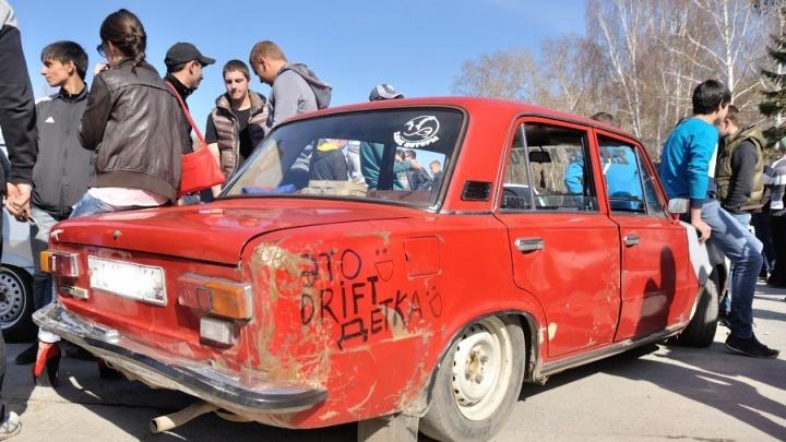 «Мажорчики на тачках родителей»: 16 мест в Екатеринбурге, где дрифтеры мешают людям спать