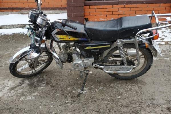 Мотоцикл и мопед подросткам купили их родители