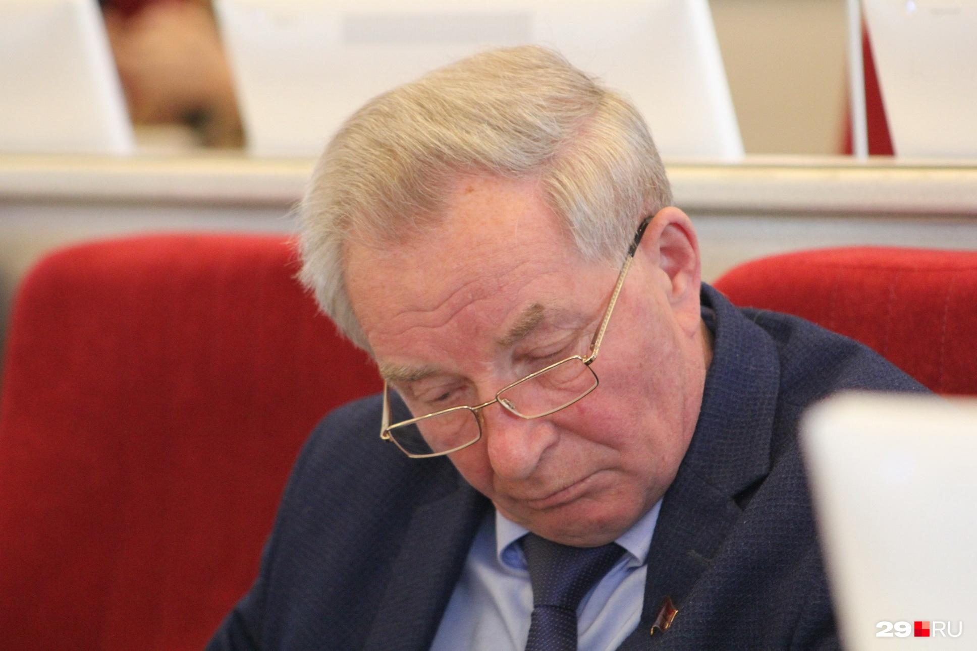 Депутат Архангельского областного собрания от КПРФ Александр Новиков высказался об отставке губернатора