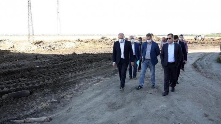 Губернатор Зауралья сообщил об отставании от графика при постройке дороги на улице Мальцева