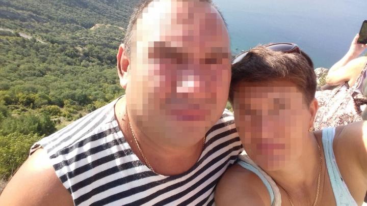 «Он недавно пытался сжечь жену»: репортаж UFA1.RU из села, где в детском саду убили женщину