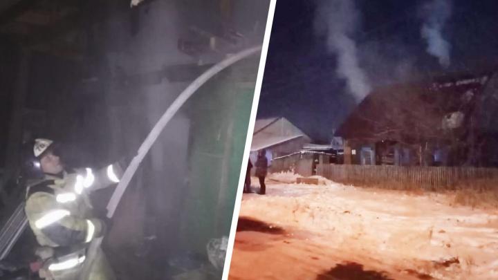 Два человека погибли во время ночного пожара в частном доме под Новосибирском