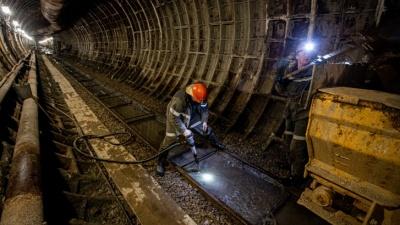 Компания, строившая метро в Челябинске, начинает массовые сокращения сотрудников. Уволят почти всех