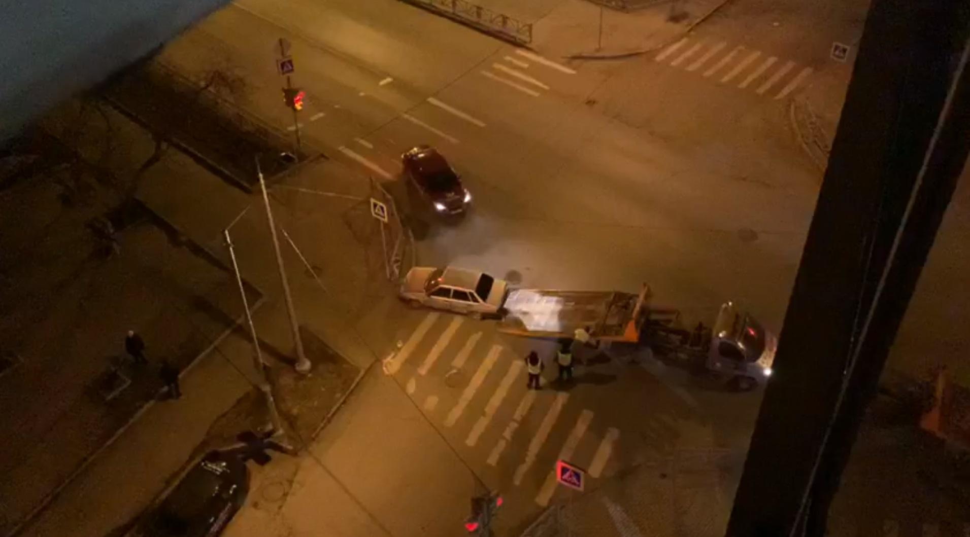 Полиция разыскивает водителя ВАЗа