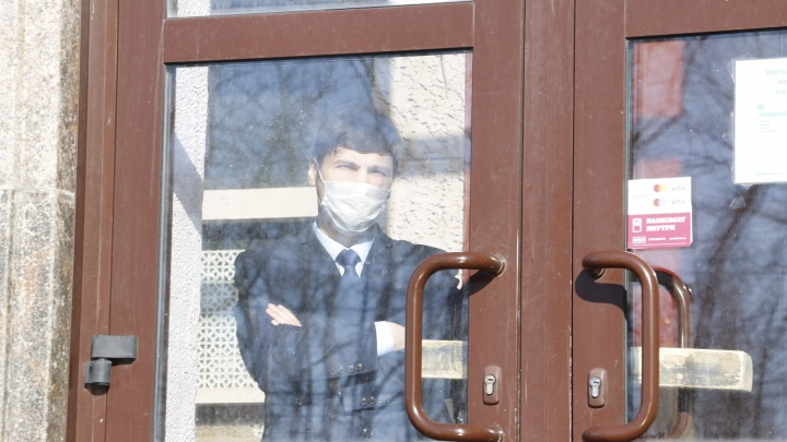 Роспотребнадзор не нашел возбудителя COVID-19 в объектах массового скопления людей в Архангельске