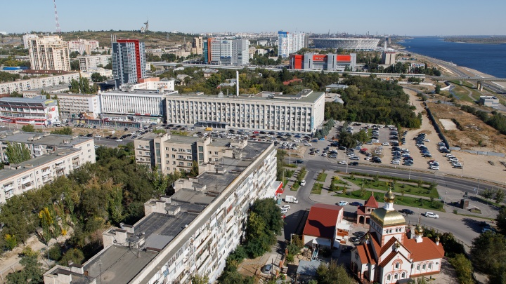 «Применил насилие и забрал 600 тысяч рублей»: волгоградец ночью ограбил жителя Новосибирска