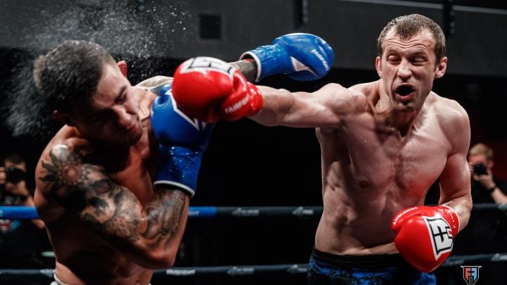 Нокаут в первом раунде и чемпионский реванш: в Екатеринбурге сразились сильнейшие кикбоксеры