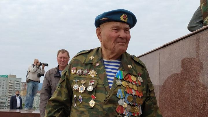 Как в Красноярске День ВДВ праздновали. Репортаж из соцсетей