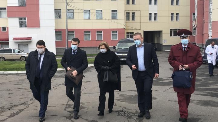 Глава Роспотребнадзора РФ предложила Цыбульскому усилить ограничительные меры из-за COVID-19