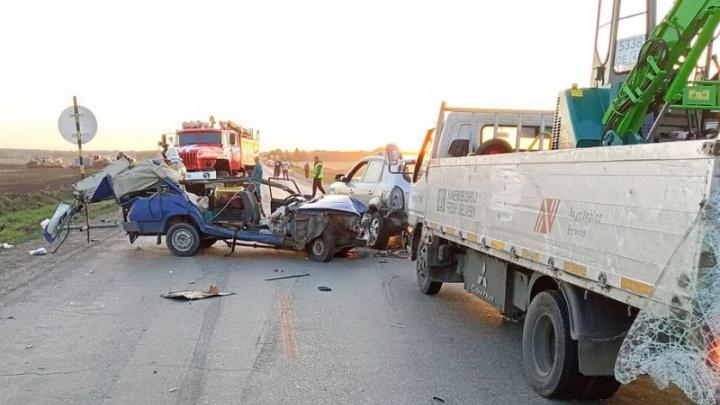 В Зауралье за день произошли две смертельные аварии