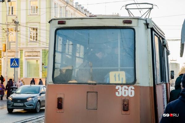11-й маршрут — один из тех, что ходит по Уральской